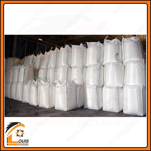 Bao jumbo vuông được may vách ngăn chống phình đựng bột mì xuất khẩu