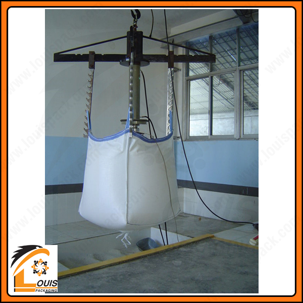 Bao jumbo 500kg thường được sử dụng đựng sản phẩm tỷ trọng thấp