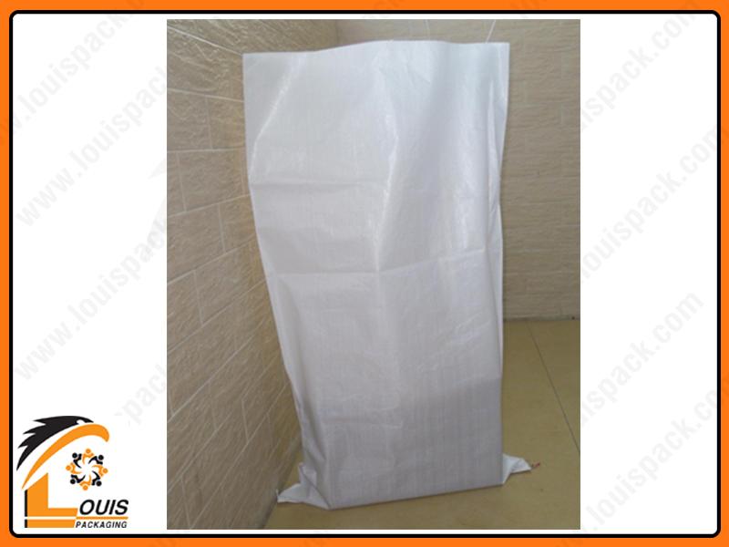 Bao pp dệt đựng tiêu cần phải đảm bảo đường cắt miệng bao không bị tưa chỉ, trong bao không có tạp chất